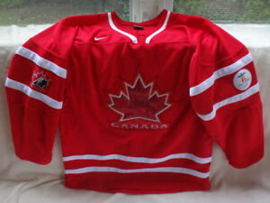 Kids L/XL Nike Vancouver 2010 Team Canada Red Hockey Jersey
