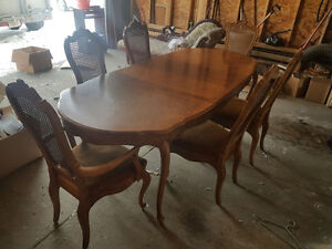 Beautiful Antique Solid Maple Dining Room Set for Sale