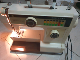 New Home Janome 660 Sewing Machine for parts/not working no power Lead