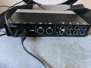 Selling steinberg UR44 audio interface.