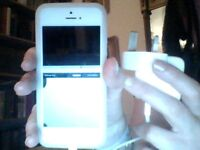 Apple Iphone 4s for sale excellent condition and working order
