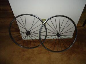 Bontrager TLR 700c Wheelset