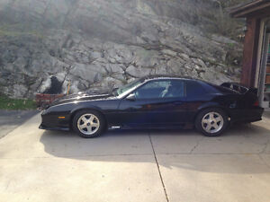 1991 Chevrolet Camaro Z/28 Coupe (2 door)