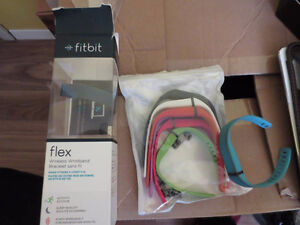 Fit Bit Fitbit Flex w/ Box Papers New Extra Bands