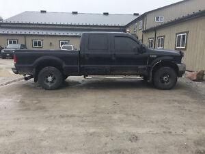 2001 Ford F-250 7.3 Diesel Lariat Pickup Truck $8000 OBO