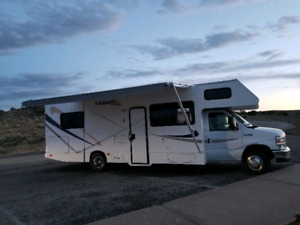 Rent me! 2013 Beautiful RV Motorhome Class C 30'