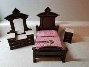 Victorian Dollhouse 1:12 furniture