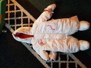 new never used snowsuit