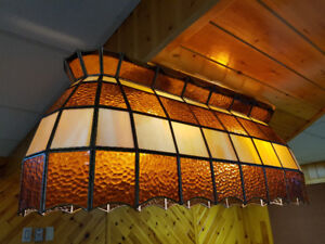 Luminaire Tiffany pour table de billard