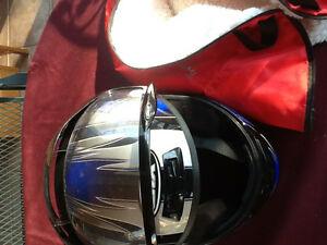 CKX Youth Large Snowmobile Helmet With Visor And Helmet Bag