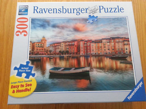 Ravensbuger 300 large piece puzzle: Waiting for the day
