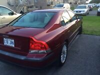 Volvo 2004 S60 Leather / Cuir --A/C--Clean