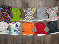 Cloth Diapers One size pockets / prefolds