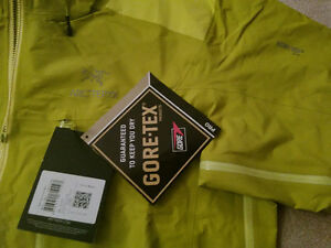 2015 NEW Arc'teryx Alpha AR Jacket, XL Oakville / Halton Region Toronto (GTA) image 2