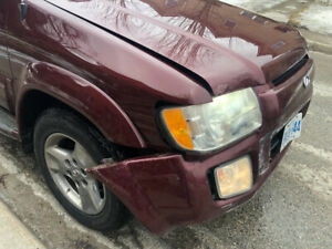 Infiniti 2003 Front End Damage for Sale