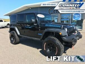 2017 Jeep Wrangler Unlimited Rubicon   - LIFTED! LOW MILEAGE AND