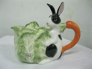 RARE - Fitz & Floyd Kensington Rabbit Teapot