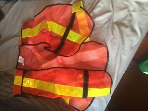 3 brand new safety vests