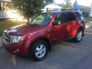 2008 FORD ESCAPE XLT SUV-4WD-USB/AUX!