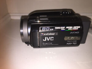 JVC Everio GZ-HD30 (80 GB) Hard Drive Camcorder