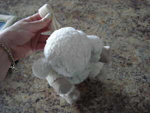 Cloud B - Sleep Sheep  Plush Sound Machine London Ontario image 2