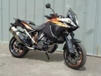KTM 1050 ADVENTURE TOURING COMMUTING MOTORCYCLE