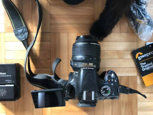 DSLR HD NIKON CAMERA: D5100 + 18-55 LENS + LOWEPRO CAMERA BAG