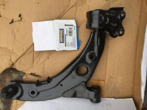 Bras de suspension pour Mazda CX7 2007-10avant passager (gauche)