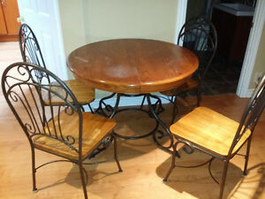Solid wood table with leaf and 4 chairs