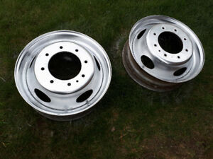 19.5 inch steel rims, Ford Accuride, like new