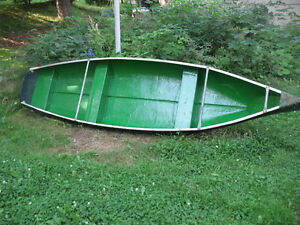 12ft fibreglass square back scanoe
