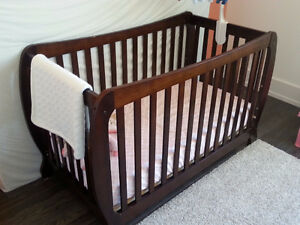 Crib, change table, dresser set includes mattress
