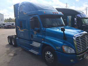 2014 Freightliner Cascadia Evolution Kitchener / Waterloo Kitchener Area image 2