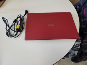 """Acer Aspire laptop 15.6""""with full keyboard"""