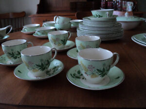 Vintage Johnson Brothers Dishes