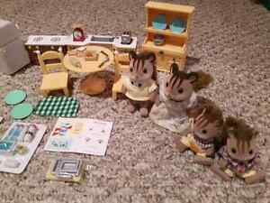 Calico Critters - Chipmunk Family and Kozy Kitchen London Ontario image 3