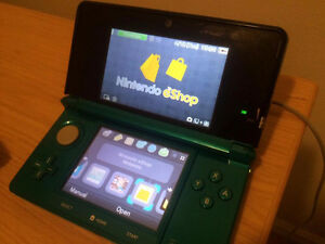 Nintendo 3ds w/ Mario Kart 7 & 8gb SD card