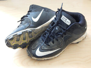 Chaussures à crampons Baseball Nike 3Y/22cm Enfant 8-10ans