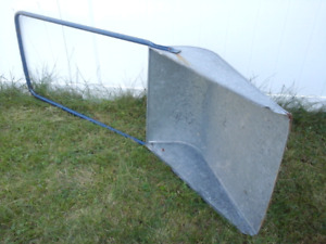 Scoop Snow Shovel