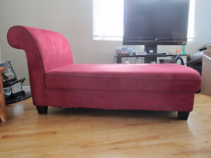 Chaise Lounge chair in great condition
