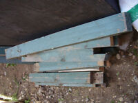 Selection of 4 x 4 posts.... about 3 ft. long... also extra 2 x4