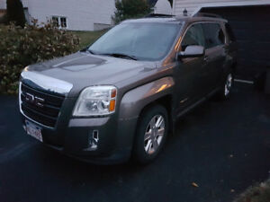 PRICED to SELL: AWD 2010 GMC Terrain SLE-2 - FINANCING AVAILABLE