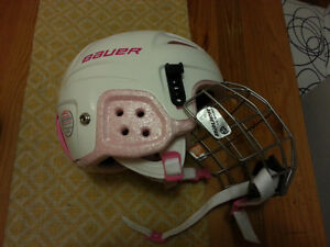 Girls hockey helmet with cage, new conditions