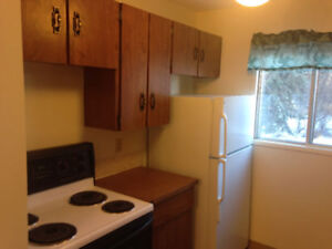 2Bdr bilevel 4plex unit one month free with yearly lease