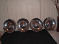 1951 BUICK CONVERTIBLE HUBCAPS (SET OF 4)