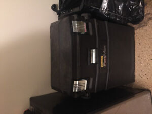Selling a fat max tool chest on wheels