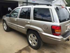 2003 JEEP GRAND CHEROKEE LIMITED  4.7L V8