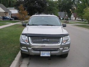 2008 Ford Explorer XLT SUV, Crossover