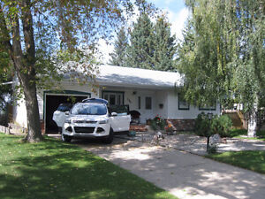 Rent to own House in Sherwood Park!