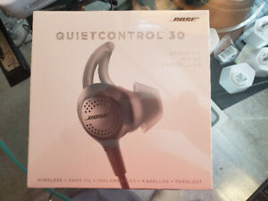 Selling sealed in box Bose Earphones QuietControl 30